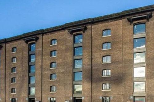 英国-伦敦艺术大学